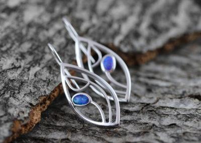 Filigran-Ohrhänger mit Opal